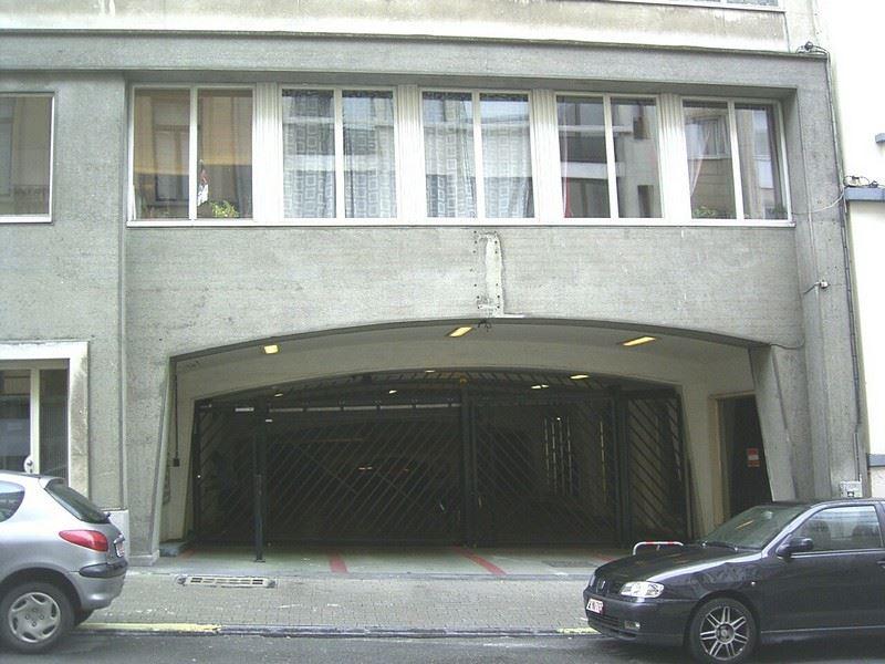 Estate main image